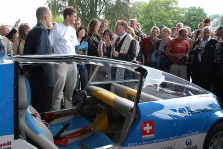 solar-taxi-02.jpg